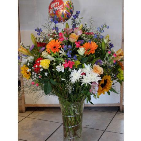 20150121071631_Luxury-birthday-arrangement-R1500