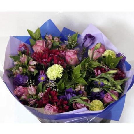 _M-Lilac & Burgandy Bunch – R300