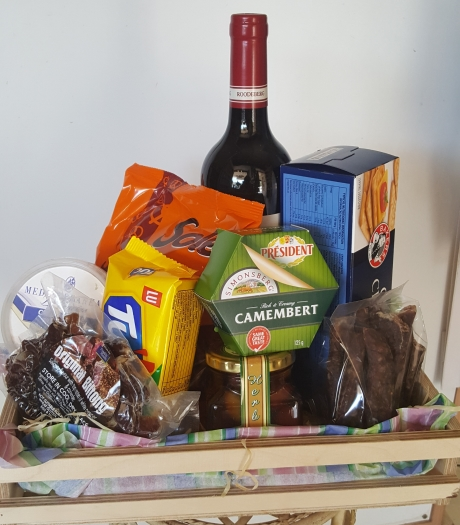 Cheese & Wine Hamper